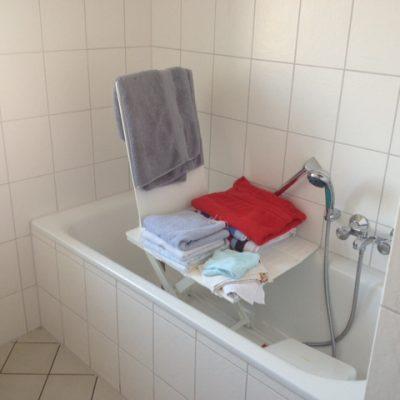 Badewannenlift in der Demenzwohngruppe und Demenzwohngemeinschaft Herne Am Buschmannshof