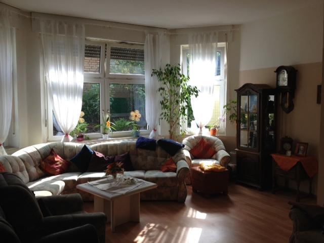 Wohnzimmer/Gemeinschaftszimmer in der Demenzwohngruppe und Demenzwohngemeinschaft Geslenkirchen Polsumerstr