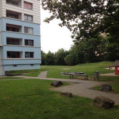 Park mit Spielplatz vor der Demenzwohngruppe und Demenzwohngemeinschaft Dortmund Spannstr
